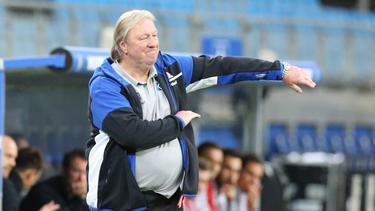 Horst Hrubesch sah fünf Tore seiner HSV-Truppe gegen Nürnberg