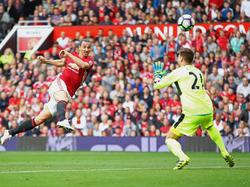 Zlatan Ibrahimović verpasste einen eigenen Treffer nur knapp