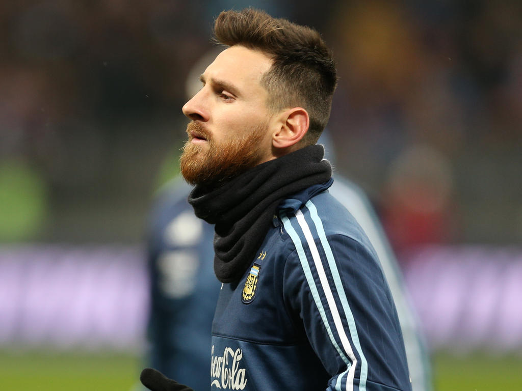 a9db787e8 football » acutalités » Messi begins road to Russia as Argentina ...