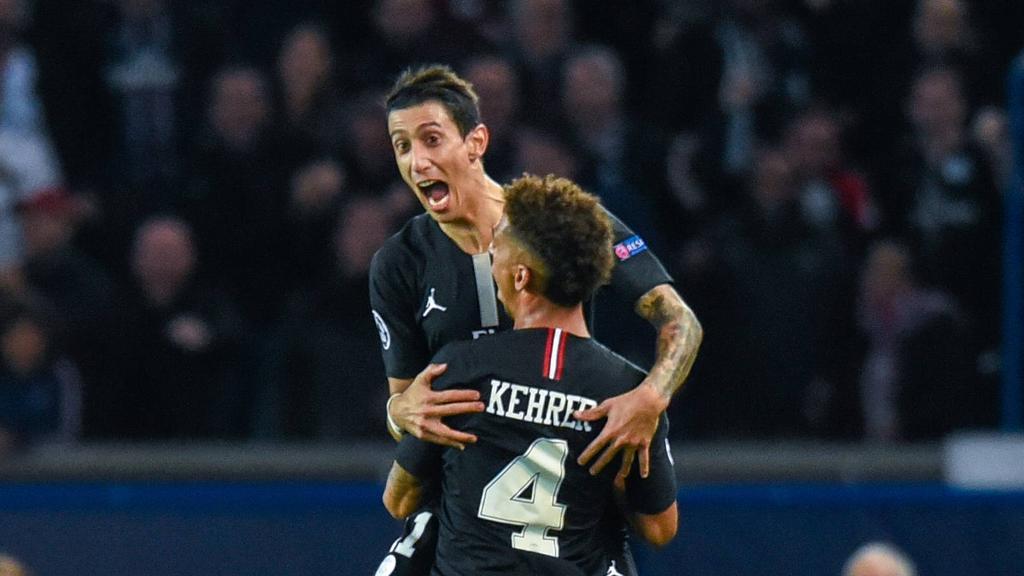 Di María celebra su gol con Thilo Kehrer. (Foto: Getty)