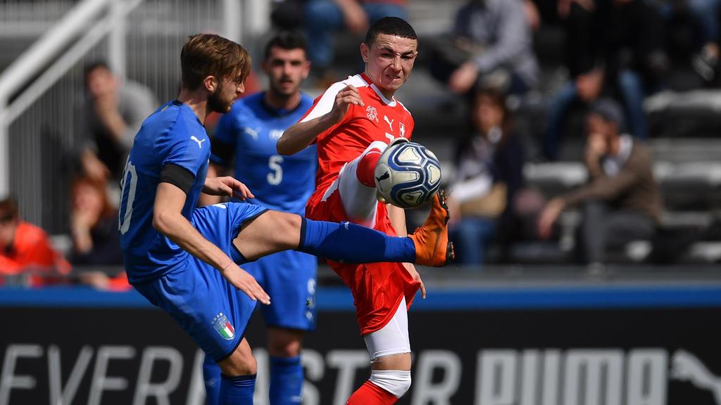 Ruben Vargas (li.) vom FC Luzern vor Wechsel nach Gladbach?