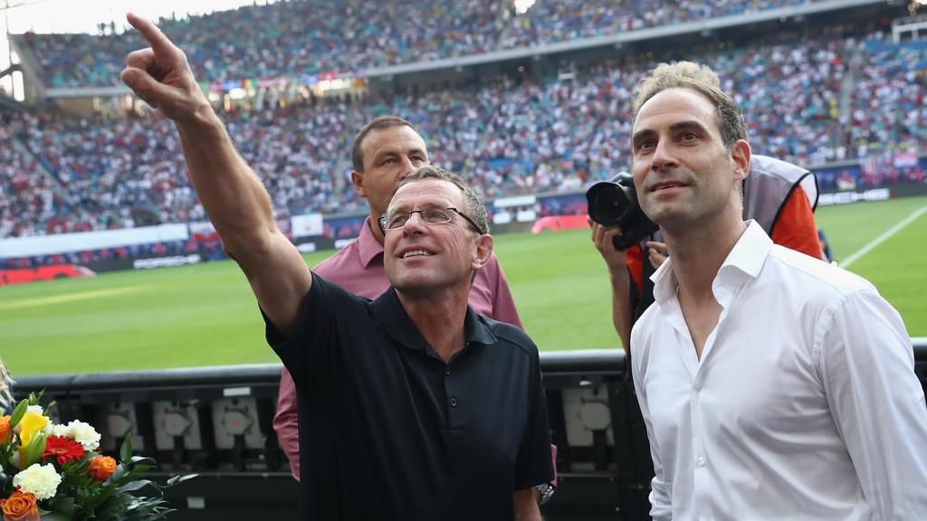 Oliver Mintzlaff (re.) sieht in RB Leipzig ein Start-Up-Unternehmen