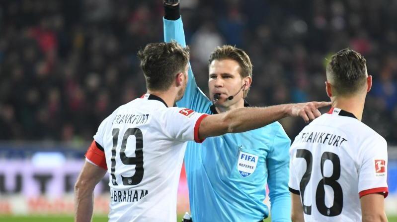 Eintracht Frankfurt muss einige Wochen auf David Abraham verzichten