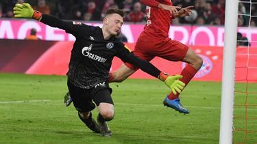 Schalke-Torwart Markus Schubert kassierte fünf Treffer gegen den FC Bayern München
