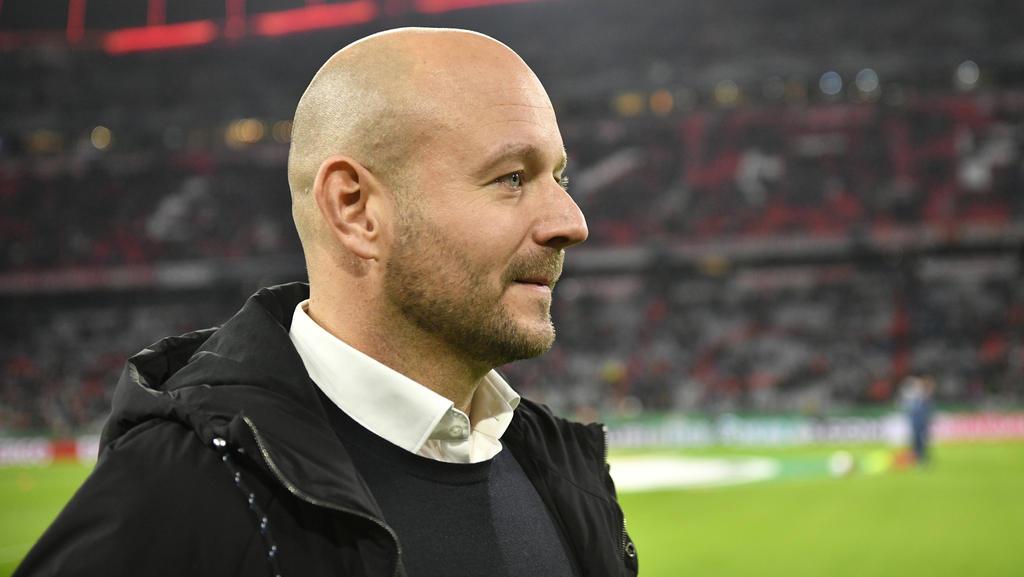 Hoffenheims Sortvorstand Alexander Rosen erwägt den Gehaltsetat des Lizenzspielerkaders nach unten zu justieren
