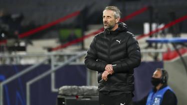 Gladbachs Coach Marco Rose muss mit seinem Team in Leipzig antreten