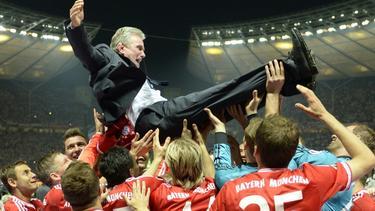Jupp Heynckes war nach dem Pokalsieg mit dem FC Bayern in Feierlaune