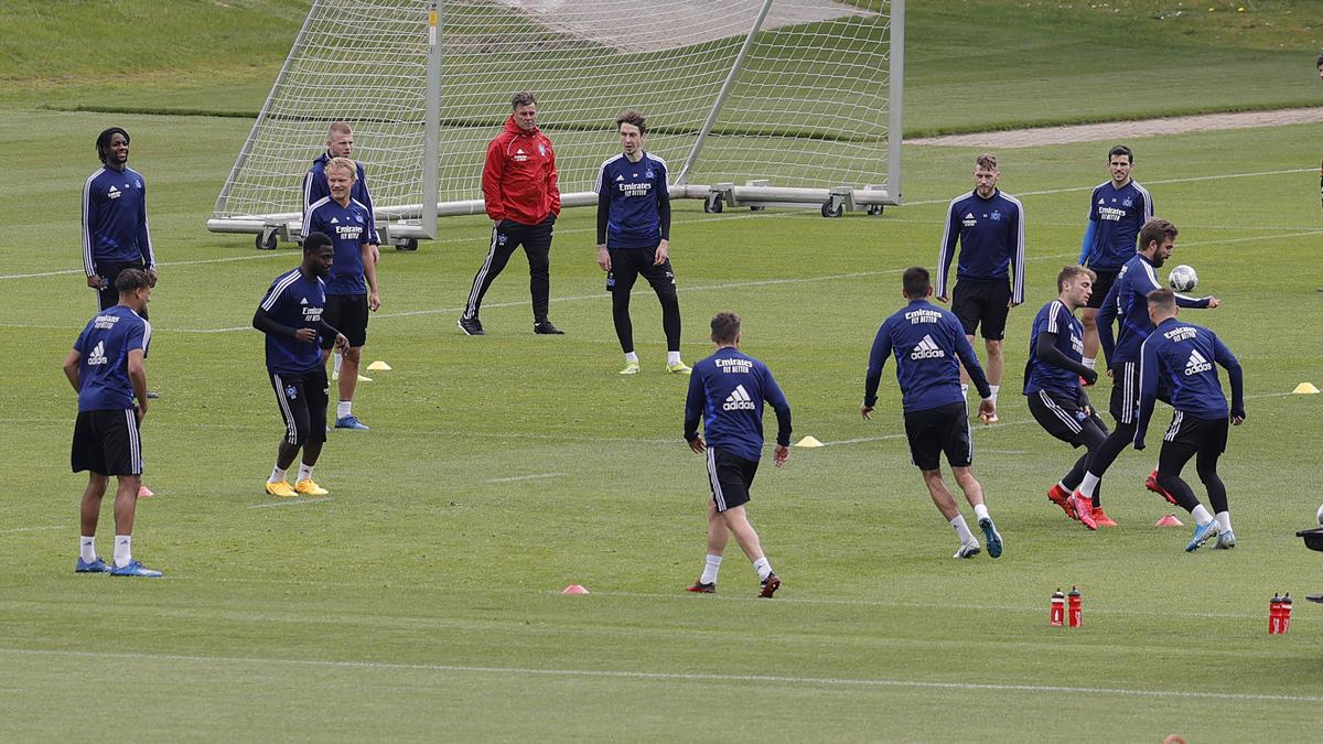 Der HSV hat sich mit Spielern und Trainern auf einen Gehaltsverzicht geeinigt
