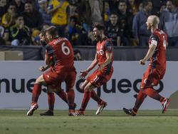 Los jugadores del Toronto celebran el gol de Giovinco. (Foto: Getty)