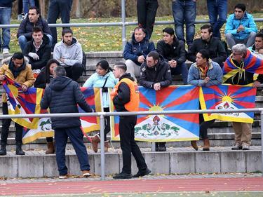 Beim ersten Auftritt der chinesischen U20-Auswahl kam es zu Protesten