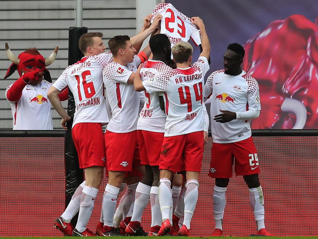 Leipzigs Spieler widmeten das 1:0 gegen den HSV dem verletzten Marcel Halstenberg