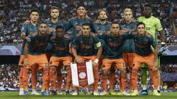 Van de Beek es titular siempre con el Ajax.
