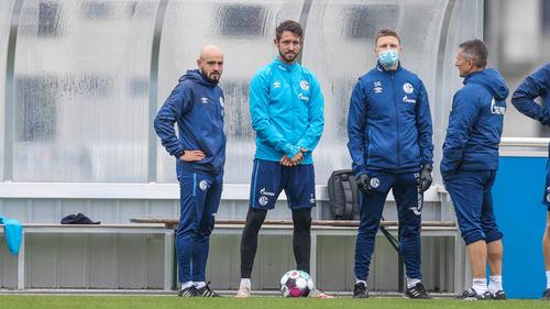 Mark Uth (2.v.l.) steht dem FC Schalke 04 gegen den BVB wohl zur Verfügung