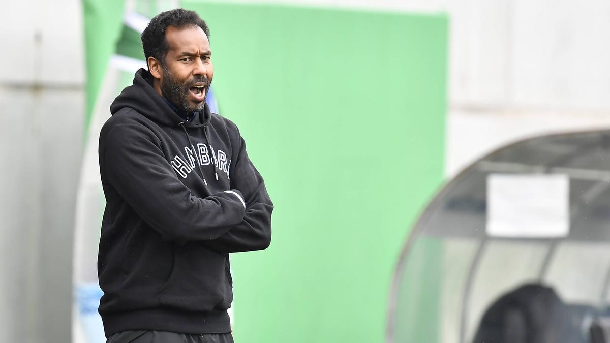Daniel Thioune ist der Trainer des HSV