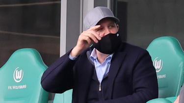 Jörg Schmadtke hat Gerüchte rund um den VfL Wolfsburg kommentiert