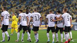 La formazione tedesca, celebra la vittoria a Kiev