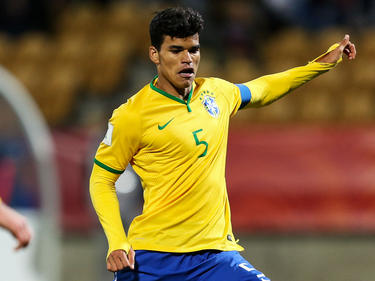 Danilo con la camiseta de Brasil Sub-20. (Foto: Getty)