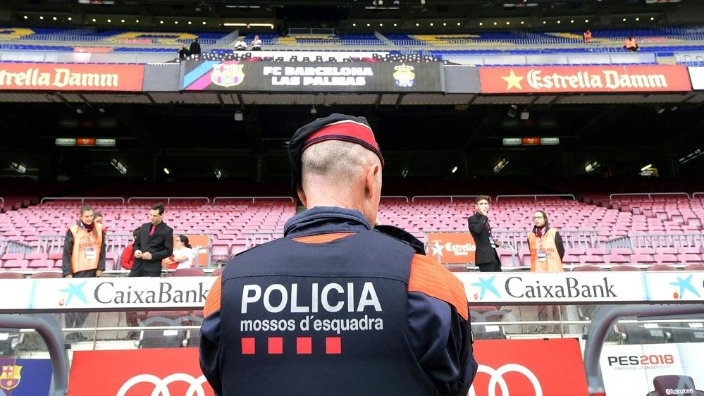 Die Behörden verstärken die Polizeipräsenz in Barcelona