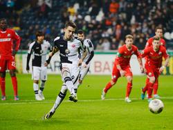 Hoffenheims Trainer Markus Gisdol baut auf die Rückkehr von Stürmer Joselu (M.)