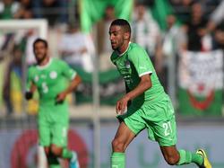 Riyad Mahrez kommt im WM-Vorbereitungsspiel der Algerier gegen Armenien am 31. Mai 2014 zum Einsatz.