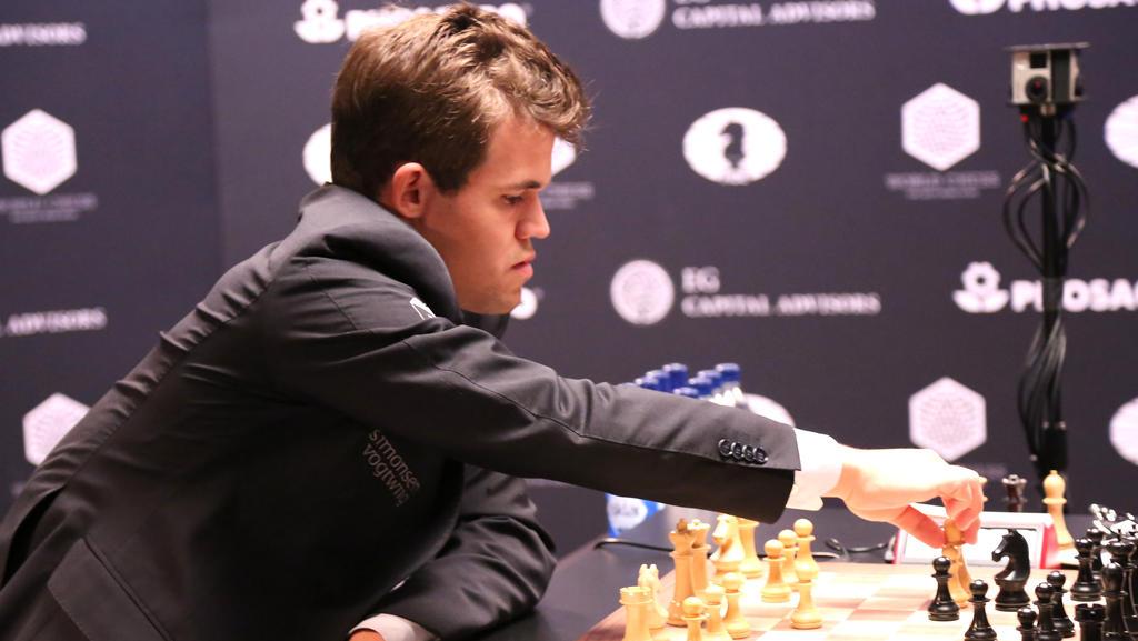 Schach-Weltmeister Magnus Carlsen will seinen Titel gegen Fabiano Caruana verteidigen
