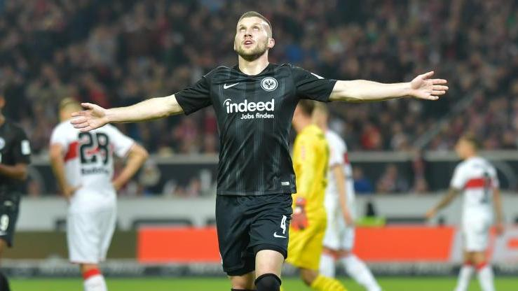 Ante Rebic wird gegen den FC Schalke wieder für die Eintracht stürmen