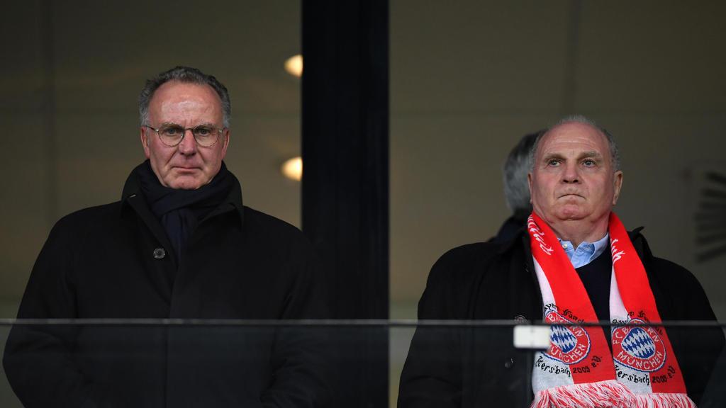 Uli Hoeneß (r.) hofft auf einen Sieg des FC Bayern gegen den BVB