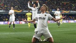 El danés Wass marcó el tanto más bonito del partido. (Foto: Getty)