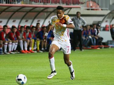 Jordi Mboula im Einsatz für die spanische U17