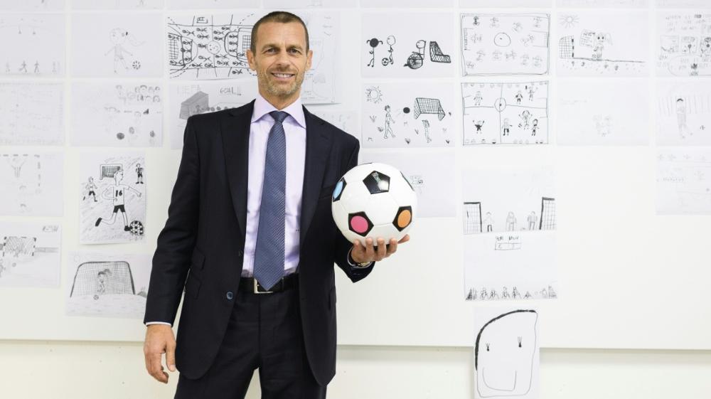 Der neue Spielball wurde von zwei Kindern entworfen