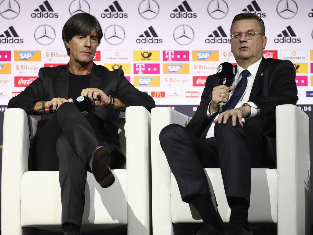 Joachim Löw und Reinhard Grindel haben mit Özil und Gündogan gesprochen
