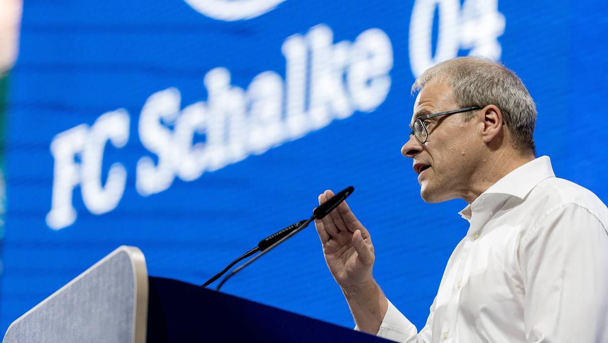 Peter Peters wird den FC Schalke 04 vertreten
