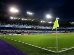 Het Constant Vanden Stock Stadion in Anderlecht, op de avond van de Champions League-wedstrijd Anderlecht - Arsenal. (22-10-2014)