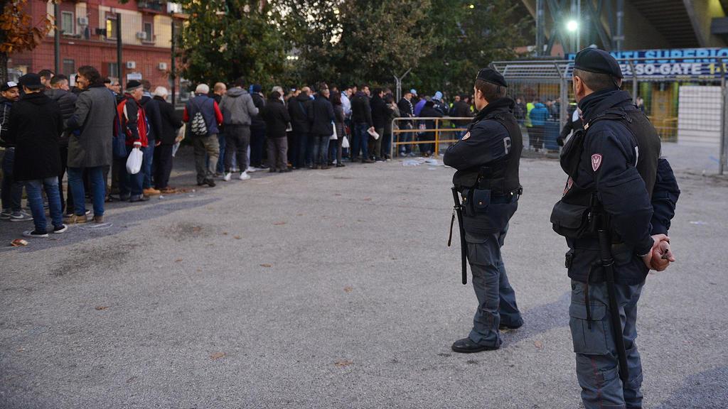 Die Serie-A-Klubs sollen sich künftig am Polizei-Einsatz beteiligen
