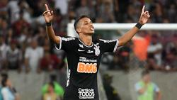 Pedrinho anotó el importante gol para Corinthians.