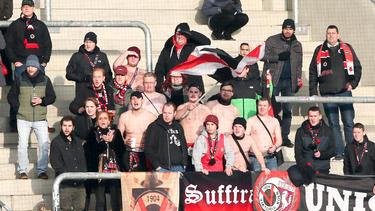 Viktoria-Fans sind nach ihrer Rückkehr nach Köln angegriffen worden