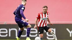 Götze behauptet Platz zwei mit PSV Eindhoven