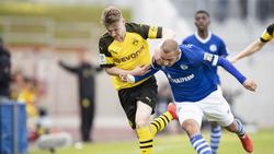 Der Nachwuchs des BVB und des FC Schalke 04 lieferten sich ein hart umkämpftes Duell