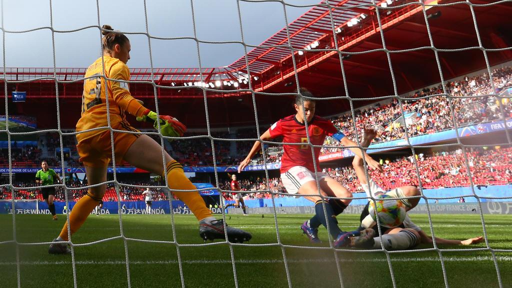 Die deutschen Fußball-Frauen haben Spanien niedergerungen