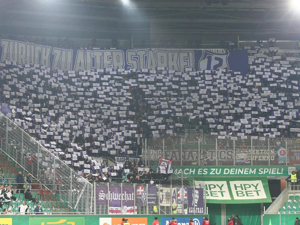 Der Austria-Sektor beim Wiener Derby im Allianz-Stadion