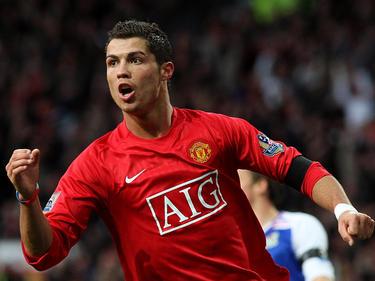 Ronaldo celebra un tanto con el United.