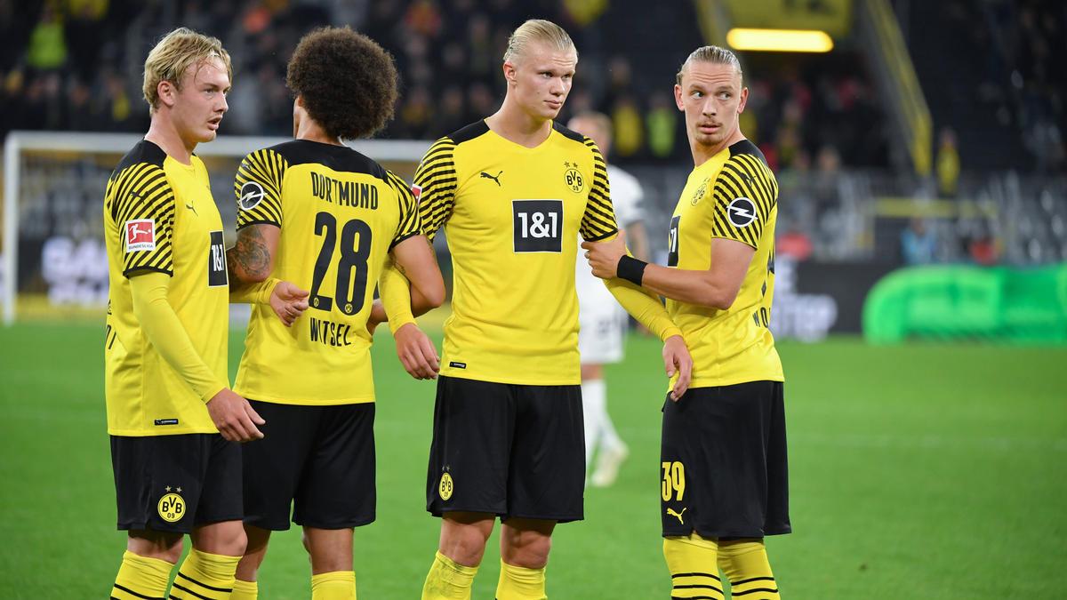Marius Wolf (r.) könnte den BVB doch noch verlassen