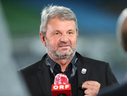 LASK-Vizepräsident Jürgen Werner ist sich unsicher