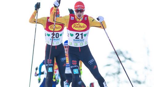 Eric Frenzel (vorn) war mit Fabian Rießle in Val die Fieme erfolgreich