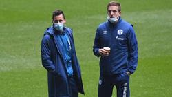 Steven Skrzybski (l.) und Bastian Oczipka verabschieden sich vom FC Schalke 04