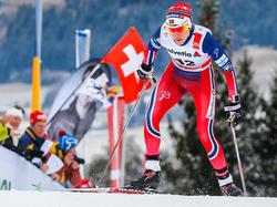 Heidi Weng siegt beim 10km-Rennen in Val di Fiemme (klassisch)