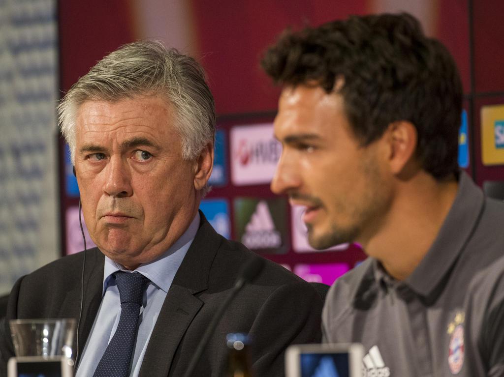 Carlo Ancelotti will vor dem Bundesligastart das gesamte Personal testen