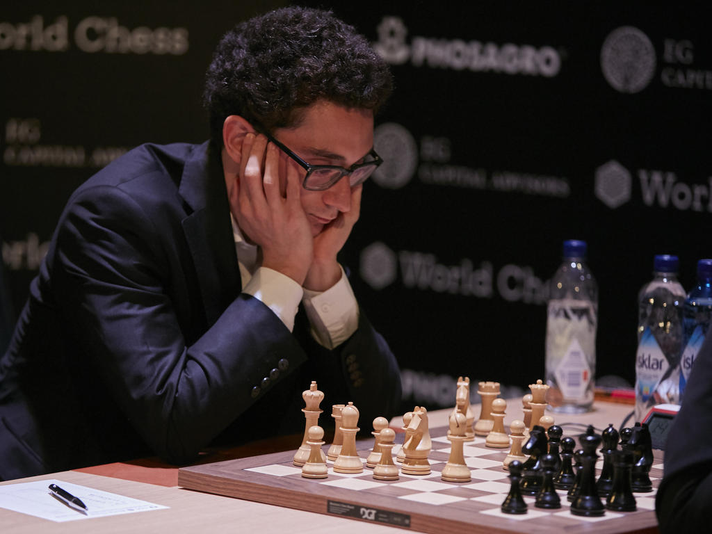 Fabiano Caruana kämpft gegen Magnus Carlsen um den WM-Titel