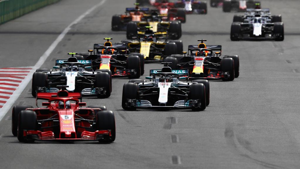 Silverstone: Nach wenigen Metern ist Sebastian Vettel schon in Führung