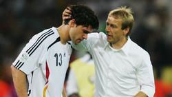 Jürgen Klinsmann und Michael Ballack kennen sich aus gemeinsamen Zeiten in DFB-Team